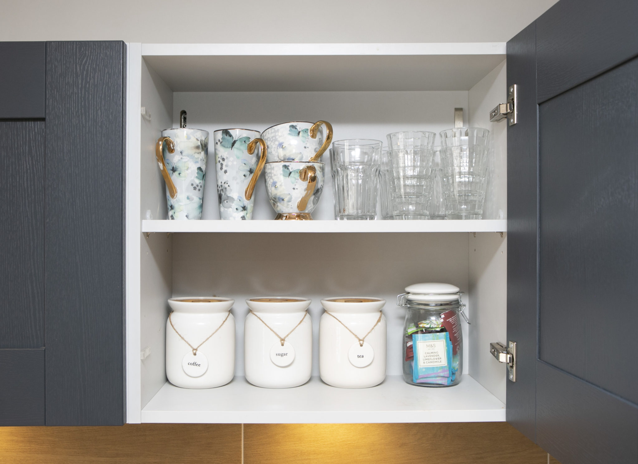 Tidy kitchen storage